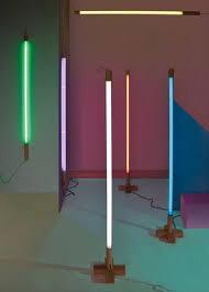 Fluorescent Floor L Applique Linea Néon L 140 Cm Jaune Seletti 美食脱口秀