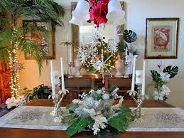 christmas poinsettias and palms centerpiece lindag lovinghome