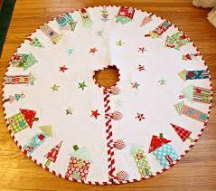 Free Christmas Tree Quilt Patterns Christmas Tree Skirt Quilt Patterns Free Christmas Lights Decoration