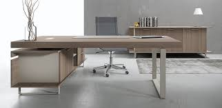 modern italian office desk executive office desk essence by uffix design driusso associati