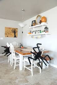 halloween decorating ideas for those without a mantel