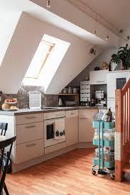 küche in dachschräge wohnideen mit dachschräge in küche bad wohn schlafzimmer