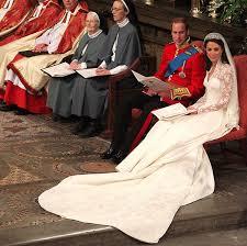 kate middleton wedding dress kate middleton s wedding dress a closer look at the