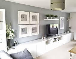 Wohnzimmer Einrichten Sofa Kleines Wohnzimmer Helle Farben Fensterfront Couchtisch Sitzbank