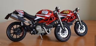 martini livery motorcycle valentino rossi on ducati motorcycle 41 wallpapers u2013 free wallpapers