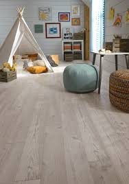 Mannington Laminate Flooring Installation Product Pick Seaview Pine Laminate A Coastal Inspired Look