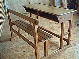 ancien bureau bureau d écolier ancien en chêne et hêtre avec encriers meubles