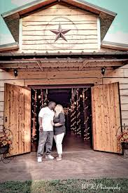 wedding venues east www thewillowcreekranchtx rustic barn wedding venue