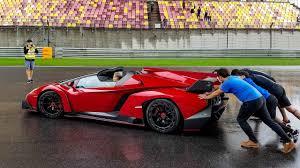 Lamborghini Veneno Roadster Owners - why did they push this lamborghini veneno roadster youtube