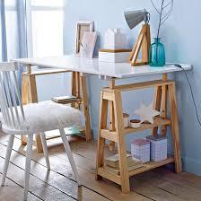 bureau avec treteau bureau tréteaux pin massif jimi bureau treteau tréteaux et pin