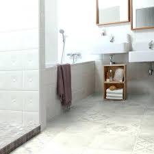 sol vinyle chambre sol vinyle salle de bain lino pour chambre quel ou choisir sa bains