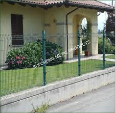 guangzhou factory garden design fence garden gates garden plastic
