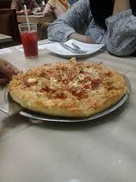 domino pizza ukuran large berapa slice sheena schöön papa ron s pizza atau pizza hut
