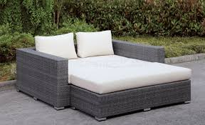 Amazon Com Outdoor Patio Furniture - daybed patio table using planter boxes for built in drink