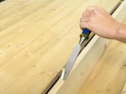 Laminate Flooring Removal How To Repair Hardwood Floors How Tos Diy
