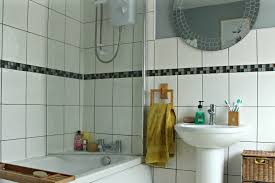 five reasons to change over to a shower screen enchanted pixie