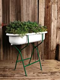 bathtub with stand