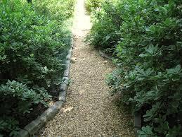 fresh pea gravel walkway on a slope 7756