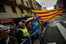 catalan nationalists and spanish pro unity demonstrators protest