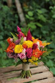 Vases For Bridesmaid Bouquets Best 25 Zinnia Bouquet Ideas On Pinterest Zinnia Wedding