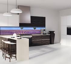 cuisine lavande crédence chs lavande violet verre et alu credence cuisine deco