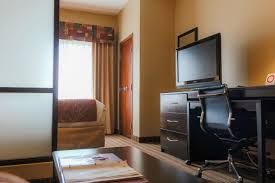 Ashley Furniture Sumter Sc by Hotel Comfort Suites West Of The Ashley Charleston Sc Booking Com