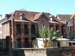 file fancy malagasy brick house in antananarivo madagascar jpg
