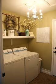 traditional bathroom decoration have two laundry room in front