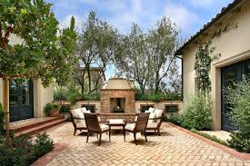 spanish courtyard designs get the look spanish mediterranean courtyard