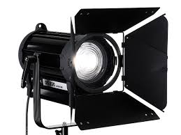 Barn Door Photography by Fotodiox Announces Led Based Dy 200 Fresnel Lights Digital