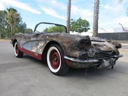 1961 corvette project for sale 1961 chevy corvette damaged wrecked rebuildable salvage low