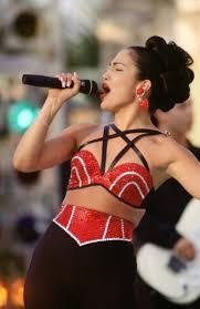 Iconic Halloween Costume Ideas 25 Best Selena Quintanilla Halloween Costume Ideas On Pinterest