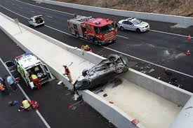car crashes off sa overpass abc news australian broadcasting