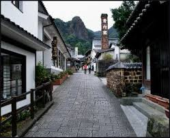 japanese town urban and rural life in japan facts and details