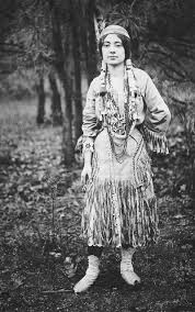 Native American Inspired Clothing An Old Photograph Of An Native American Maiden In Traditional