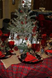 Christmas Table Runner Decoration by 24 Best Christmas Red Plaid Tablecloth Images On Pinterest
