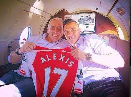 alexis sanchez wife alexis sanchez s agent flies into germany for talks with bayern