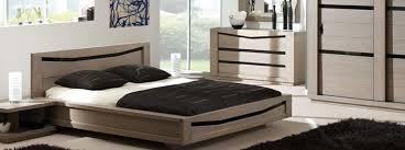 chambre chene massif chambre contemporaine ambre détails verre noir meubles bois massif