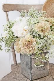 white floral arrangements a lazy girl s 1 tip to beautiful flower arrangements
