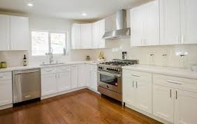 how to clean kitchen cabinets before moving in move in move out cleaning services certified