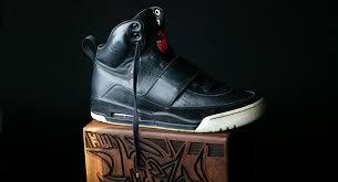 Jual Sepatu Nike Air Yeezy sepatu nike paling mahal dan eksklusif blibli