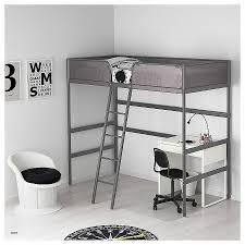 bureau superposé lit superposé combiné bureau awesome tuffing structure lit mezzanine