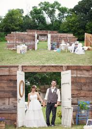 wedding backdrop doors budget friendly iowa farm wedding justin chelsea 100 layer cake