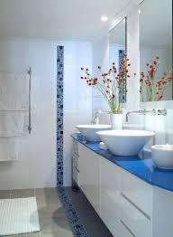 super modern blue and white bathroom decor ideas with unique tiles
