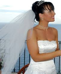 home individually designed bespoke wedding gowns that flatter