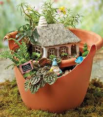 Mini Fairy Garden Ideas by Broken Pot Fairy Garden Magical Miniture Gardens Pinterest