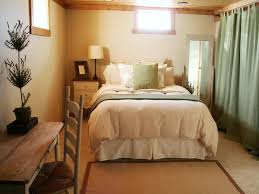 Small Basement Decorating Ideas Basement Bedroom Design With Ideas About Basement Bedrooms On
