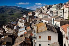 the italian houses available for one euro historic sicilian