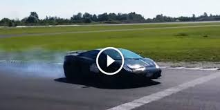lamborghini gallardo sound are you ready for this lamborghini gallardo tricolore drifting