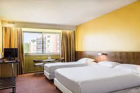 hotel lyon chambre 4 personnes hôtel villeurbanne hôtel des congrès lyon chambres